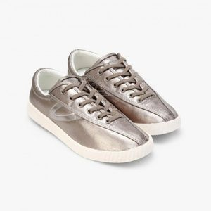 Tretorn Nylite sneakers in pewter metallic canvas